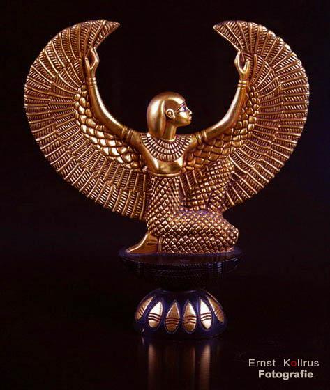 Göttliche Isis